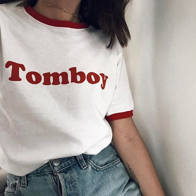 emilie-tla-tshirt-message-2903